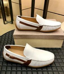 sapatos confortáveis para homens Desconto Homens de couro Macio confortável breve vestido de sapato partido doug sapatos de Metal Fivela slip-on marca masculino preguiçoso apartamentos Loafers Zapatos Hombre 38-44