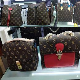2019 cancello di moda borse donne borse riutilizzabili Borsa 2019 modello portatile piccolo pacchetto quadrato Messenger catena distintivo pacchetto crossbody borse a tracolla