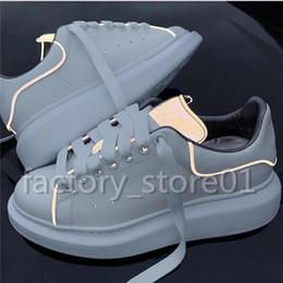 zapatos casuales de plataforma plana Rebajas Zapatos de plataforma de lujo para hombre Moda para mujer Damas casuales Caminar Casual Zapatillas Luminoso Fluorescente Blanco Zapatos de cuero