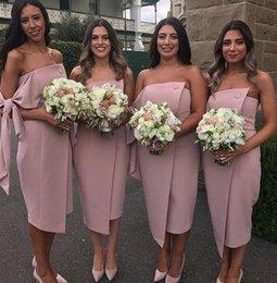 vestido de casamento com bainha de comprimento de chá Desconto 2019 South African Black Girl Árabe Dubai bainha Dama de Honra Vestidos strapless mancha Braços com cintas de chá Comprimento do Convidado Do Casamento Vestidos