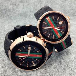 2019 uhren luxus-stil 2019 gummiband Luxury Man Watch Berühmte Markenkalender Quarz sportuhr Spezielle stil männliche uhr freizeit klassische Armbanduhr Hohe qualität rabatt uhren luxus-stil