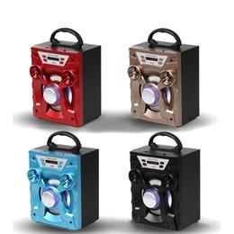 Yüksek kaliteli Büyük Ses HiFi Hoparlör Taşınabilir Bluetooth AUX Hoparlörler Bas USB Subwoofer Açık Müzik Kutusu Ile USB LED Işık TF FM Radyo nereden
