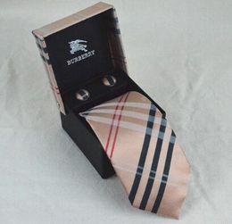 Scatole di seta online-2019 designer uomini cravatte di seta moda mens collo cravatte lussuoso marchio lettera cravatta con scatola affari per i regali nave libera