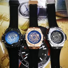 Argentina AAA Top Luxury Mens Watch Marca de fábrica famosa Big Bang MENS Movimiento de cuarzo Correa de goma Todo el trabajo del dial Reloj de pulsera para hombre Reloj de regalo masculino Suministro