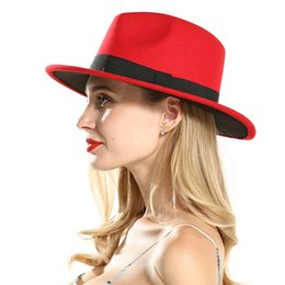 2019 широкая красно-красная фишка Fashion Polyester Cotton Red Black Wide Brim Fedora Hats for Festival Women Ladies Wool Felt Jazz Trilby Panama Carnival Hat дешево широкая красно-красная фишка