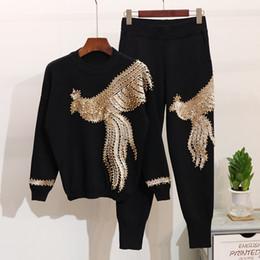 Pulôveres feitos à mão on-line-Amolapha Mulheres Inverno Handmade Beading Lantejoulas Padrão de Manga Longa de Malha Pullover Tops Calças 2 PCS Conjuntos de Roupas