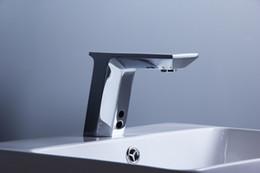 Poupança de água Touchless Infravermelho Automático Torneira Da Bacia Torneira Da Cozinha Sensor de Latão Cromado Torneira Torneira Mixer Sensor cheap faucet sensor de Fornecedores de sensor de torneira