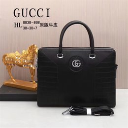 Wholesale Designer Luxury Männer Aktentasche Herren Designer Business Herren Tasche aus echtem Leder Messenger Bag Büro Schulter Laptop Fall