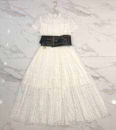 fc66fe9cb474e 2019 vestiti di pizzo del bicchierino dell annata del progettista Milano  Runway Dress 2019 Primavera