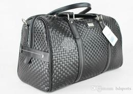 Sacs de golf en gros-haute qualité mode vêtements vêtements sacs hommes sac de golf accessoires sac de voyage avec ? partir de fabricateur
