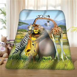 diy giraffa decorazione Sconti Custom Madagascar-Lion-Giraffe- (1) Coperta Soft Fleece DIY Your Picture Decorazione Camera da letto Divano Multi Size # 929-02-001-57