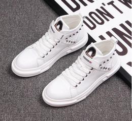 botas de invierno para hombres Rebajas 2019 Nuevo estilo Hombres Causal Zapatos Otoño Invierno Frente Cordones Botines de cuero Zapatos Hombre Casual High Top Canvas Men