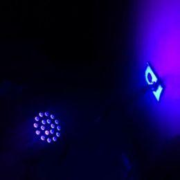 2019 barre de lumière led violet Stage LED 18 Lumière Pourpre Par Lumière KTV Bar Fond Flash UV Lavage Teinture Mur Contrôle Sonore Faisceau barre de lumière led violet pas cher