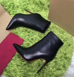 salto alto para mulheres Desconto Hot Black Leather com Spikes Pointed Toes Mulheres Ankle Boots Fashion Designer clássico moda Sexy Ladies Red Fundo Sapatos de Salto Alto
