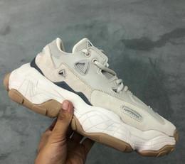 Botas de goma viejas online-2019 bajo Old Dad las zapatillas de deporte de combinación soles Botas 800 Chunky formadores de goma baja superior de la marca de lujo de diseño zapatos de los hombres zapatos de deportes de las mujeres