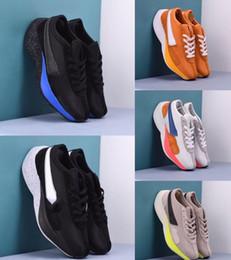 Calzado deportivo entrega gratis online-Entrega gratuita para hombre del corredor de la luna de los zapatos corrientes de alta calidad de la manera de la espuma Sport zapatillas cómodas zapatillas de correr Cortze Tamaño 3-44