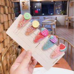 capelli clip frutta Sconti Nuovo design Forcina frutta per bambini colorato sabbia PVC bb fragola mirtillo trasparente fermaglio per capelli bambini copricapi