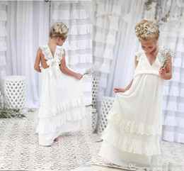 robes de fille de fleur blanche vintage Promotion Belle Boho Ivoire robes fille fleur col en V Une ligne en mousseline de soie dentelle enfant Communion Robes enfants Tenue de soirée de fête d'anniversaire robe BA4995