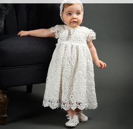 cappelli abiti Sconti Neonate abiti da festa bambini pizzo cava uncinetto ricamo dress 1 anni baby compleanno Ball Gown per bambini battesimo vestito con cappelli A01555