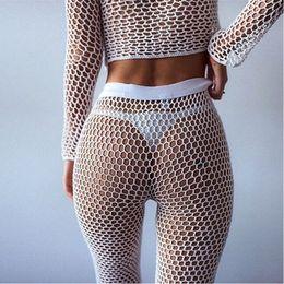 Tops de trajes de baño blancos online-Túnica Mallas Crochet Beach Cover Up Pantalones Blanco Negro de manga larga Top Ropa de playa Bikini Cover Up Mujer Ropa de playa 2018