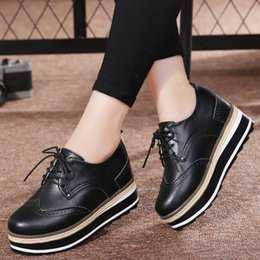 Petites chaussures taille 33 en Ligne-OUKAHUI Petite Taille 33-40 Printemps 2019 Véritable En Cuir Plate-forme Plate-Forme Chaussures Femmes Dames À Lacets Augmenter 7 CM Automne Casual Chaussures