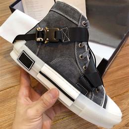 2019 белые резиновые подошвы Дизайнерская обувь мужчины женщины технические вязать холст высокий ТОП Sneaker пряжки детали белый и черный резиновая подошва B23 бренд логотип новый стиль обуви скидка белые резиновые подошвы
