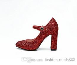 Runde zehe glitzer pumpen online-Red Glitter Pailletten Frauen Hochzeit Schuhe Nieten Kristall Strap High Heels Schuhe Round Toe Block Heels Frauen Pumps