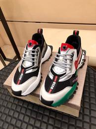 2020 sapatos de gama alta para os homens produtos high-end sapatos masculinos casuais sapatos de couro com suaves de pele de carneiro forro de modelo de moda masculina tamanho 38-44 desconto sapatos de gama alta para os homens