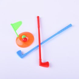 Дети Детский Стол Гольф Клуб Игрушки Клубы Гольф Мяч Игрушка Мини Гольф Игры Спорт для ребенка Развивая способность Развивать способности от Поставщики игровые приставки
