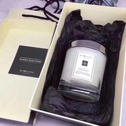 hediye kutusu Ücretsiz Kargo Çanta Dekorasyon Hotsales Yılbaşı Hediyeleri Jo Malone Londra Noel Çılgın Mum Fragrance 200g Mumlar Tütsü nereden