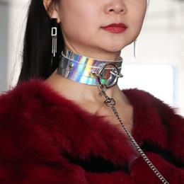 Corda di trazione del collare del cuoio dell'unità di elaborazione del laser olografico dello schiavo del metallo sexy O rotonda, collana del bondage della collana di BDSM, giocattoli del sesso per le coppie da