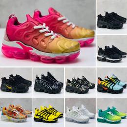 Sapatos menino 24 on-line-Nike Air VaporMax Plus TN 2018 crianças Almofada 2.0 Sapatos de Corrida Crianças menino meninas tn Vermelho rosa Triplo Preto Branco Infantil criança Andando Tênis 24-35