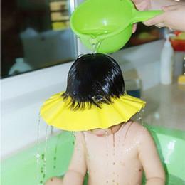 Docce eva online-Colore casuale Eva Baby Sicuro Shampoo Accessori per il bagno Protezione per il bagno con doccia Cappellini morbidi Cappelli per bambini da 0 a 6 anni