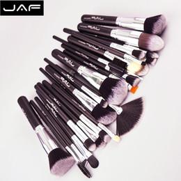 Capelli tontoni online-Jaf 24pcs set di pennelli per trucco Kit di strumenti per pennelli per truccatore professionale di alta qualità per capelli Taklon morbidi J24ssy-opp_01