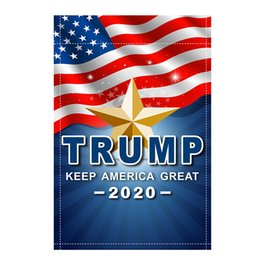 2019 bandiere decorativi da giardino Donald Trump per President 2020 Garden Flag 12x18 inch Mantenere l'America Grande Outdoor Divertente Decorativo Prato Bandiere Campagna Campagna Banner B61201 bandiere decorativi da giardino economici