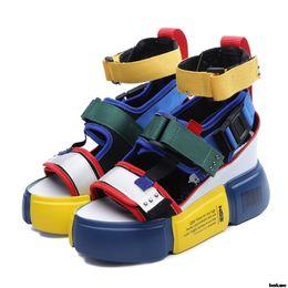 Босоножки на платформе Женская обувь 2019 Летние туфли на высоком каблуке Женская повседневная обувь Клин Коренастые сандалии Гладиатор Мода Высокий верх Y19070103 от