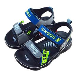 Baby-sandale muster online-Beiläufige Kind-Sandelholz-Baby-Breathable rutschfeste Buchstabe-Muster-Sandelholz-Kleinkind-weichbesohlte gehende Schuhe