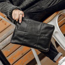 Fabrik großhandel männer handtasche straße trend überprüfen umhängetasche große kapazität weichem leder handgelenk tasche mode überprüfen leder clutch bag von Fabrikanten