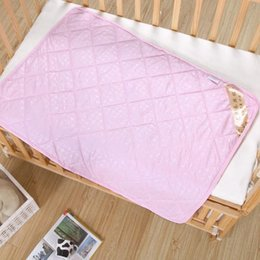 Edredón de seda para bebés Hign calidad Ropa de cama de edredón de Seda Del Bebé niños hoja de edredón niños Juegos de ropa de cama Consolador 150 * 100 cm desde fabricantes