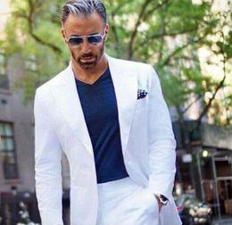 Canada Blanc Hommes Costumes Sur Mesure De Mariage Tuxedo Casual Hommes Affaires Derniers Costumes De La Mode Dîner De Bal Deux Pièces Blazer Gilet Pantalon supplier casual mode men Offre