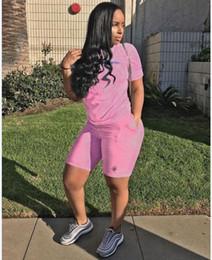 neue frauen zwei stück kurze satz Rabatt Neue Ankunfts-Frauen-Kleidung-Zweiteiler setzt neue Kurzarm-Shorts Anzug für 2 Stück Frauen-Set Casual und Fitness Sport Anzug