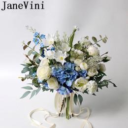 2019 handbouquet blau JaneVini Blaue Blumen Wedding Bouquet Brautstrauss Seide Weiß Lila Braut Hand Holding-Blumen-Brosche Ramo de novia künstliche 2020 rabatt handbouquet blau