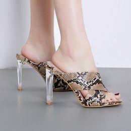 9436a9aef 2019 serpente print high heels YOUYEDIAN 2019 Moda Cobra Imprimir Chinelos  Mulheres de Salto Alto Sapatos