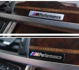 Logos de gril de voiture en Ligne-M Performance Autocollant Badge En Métal Logo drôle Autocollant De Voiture Aluminium Emblème Grill Badge De Voiture autocollant KKA6751