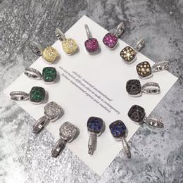 gancho lleno Rebajas Preciosa dama de la moda Brass Brasscomb Ajuste de piedras preciosas de color Diamante completo 18k Chapado en oro Compromiso Pendientes de oro blanco Gancho para la oreja