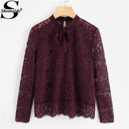 7da45096a 2019 blusas color burdeos Sheinside Blusa de manga larga Borgoña Soporte  Cuello Lazo Cuello Arco Pestaña
