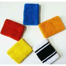 Toallas de precio de fábrica online-Precio bajo directo de fábrica de alta calidad de poliéster algodón deportes cálidos toalla multiusos deportes equipo de protección pequeña venta al por mayor