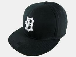 Acquistare i berretti online-Berretti da baseball all'ingrosso assortiti Cappelli da baseball aderenti da uomo Acquista di più Fai sconti