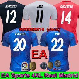 S - 4XL Real Madrid EA Sports azul KROOS BENZEMA MODRIC 2018 2019 camiseta  de fútbol 3er. Rojo BALE MARCELO CASEMIRO SOCCER JERSEY 9a5a65e138635