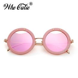 b509de0504 2019 paz rosada Venta al por mayor 2018 ahueca hacia fuera las gafas de sol  redondas